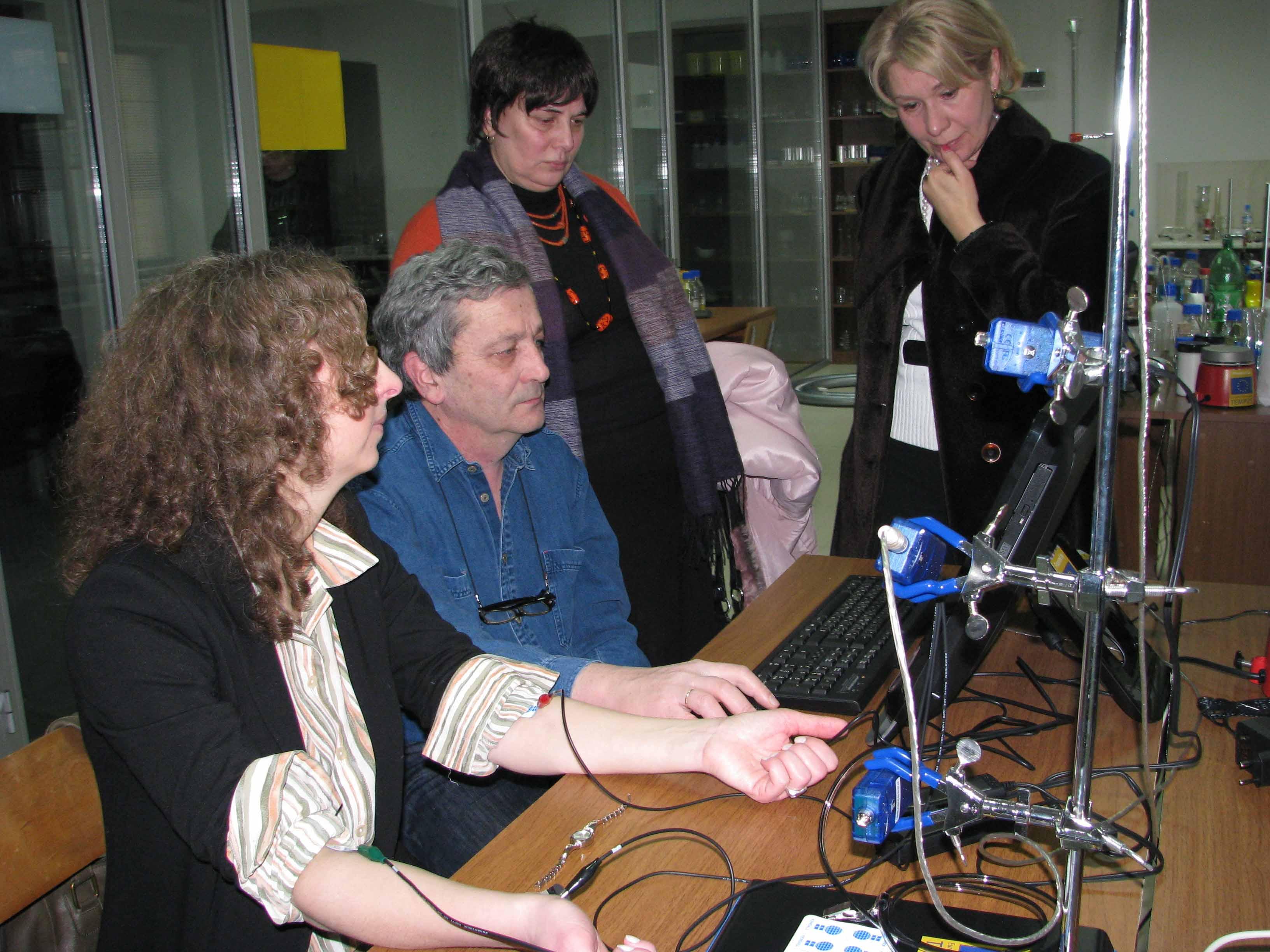 "<a href='http://salis.iliauni.edu.ge/salis-laboratoriis-gakhsna/"">SALiS ლაბორატორიის გახსნა - 1 მარტი, 2012 წელი </a>"