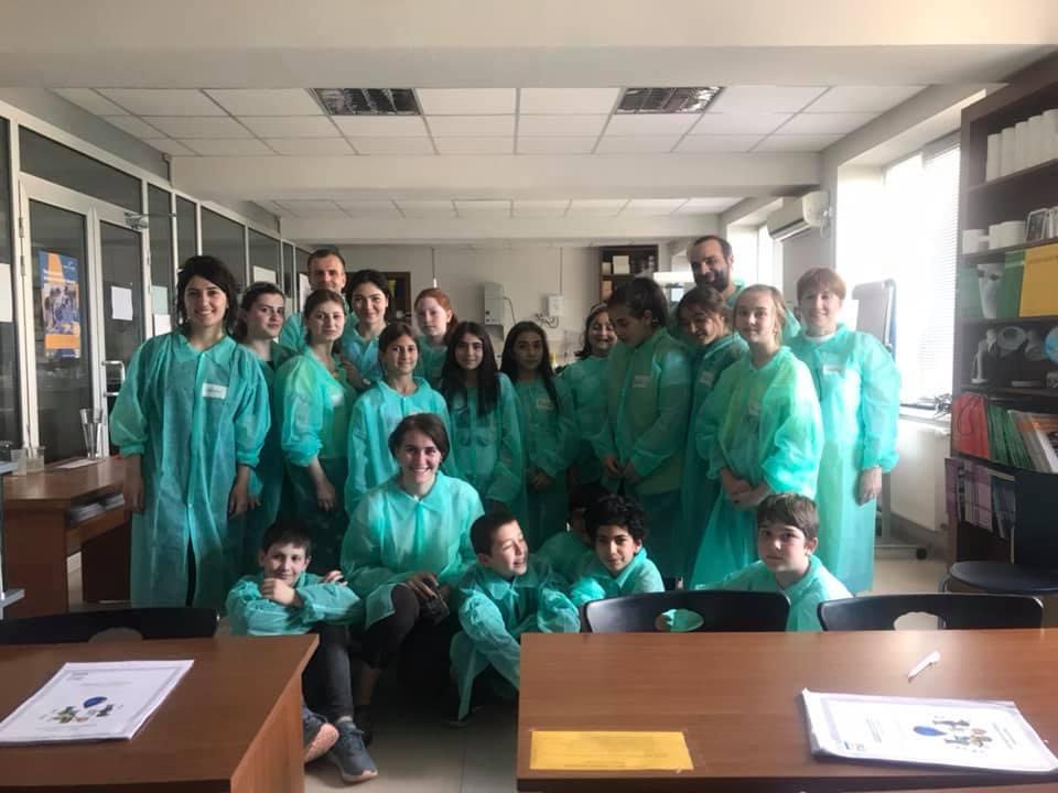 მოსწავლეთა ლაბორატორია